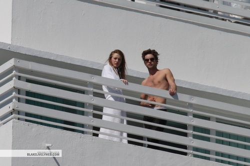 Chace and Blake at the balcony of Fontainebleau Hotel