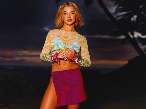 Classic Britney karatasi la kupamba ukuta