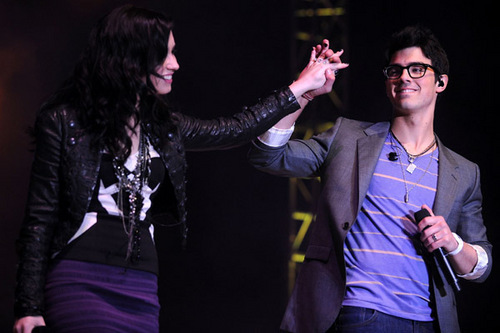 Jemi wallpaper called Epcot's Celebration of Volunteerism. 11.02.10