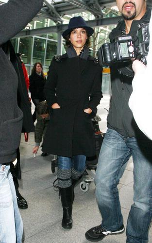 Jessica @ Heathrow Airport