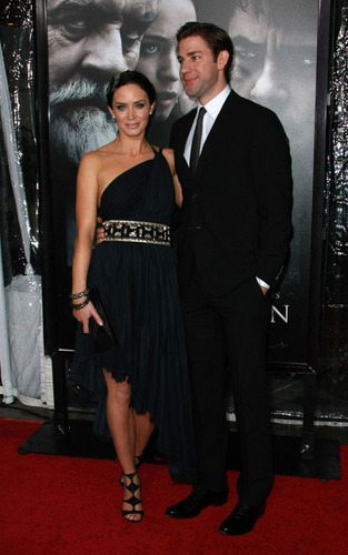 John Krasinski and Emily Blunt at the LA Premiere of 'The Wolfman'