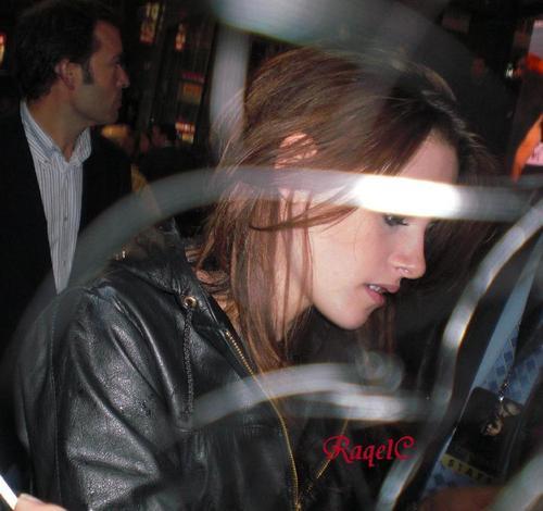 Kristen Candids - Madrid '08