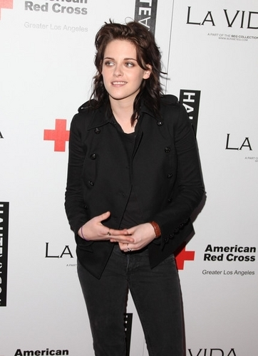 Kristen Stewart Pictures From La Vida Haiti Benefit