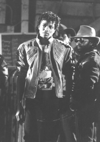 MICHAEL JACKSON BEAT IT Muzik VIDEO