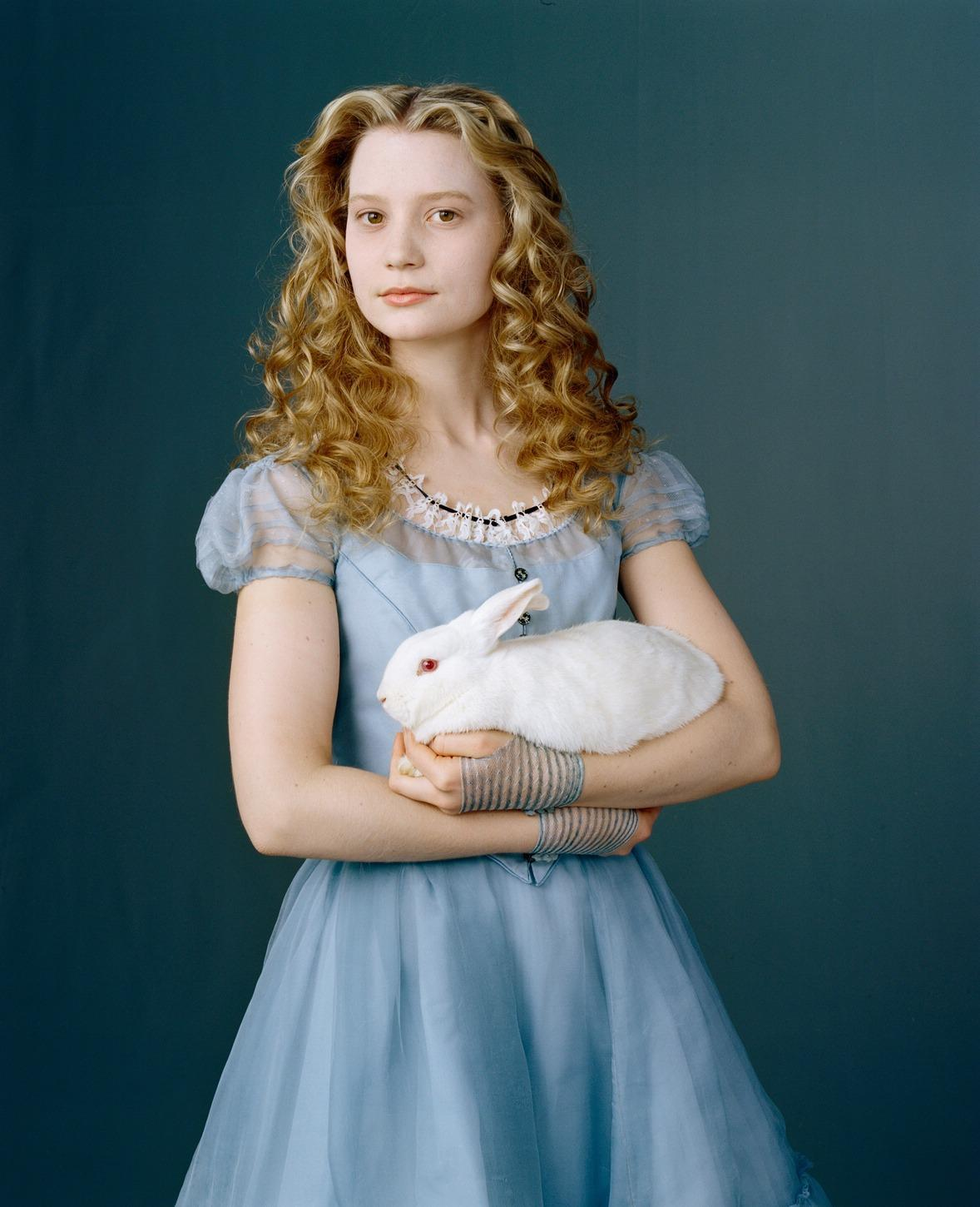 New Alice in Wonderland Mia Wasikowska Photoshoot - Alice ...