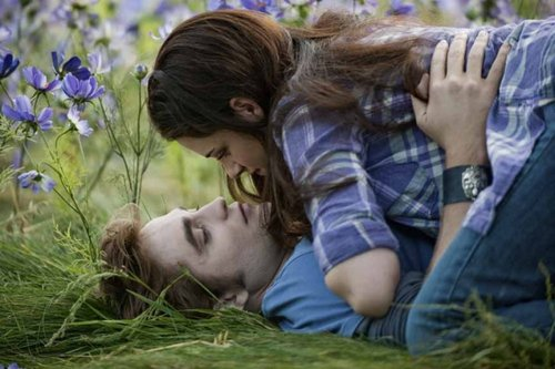 New Eclipse Stills- Edward and Bella