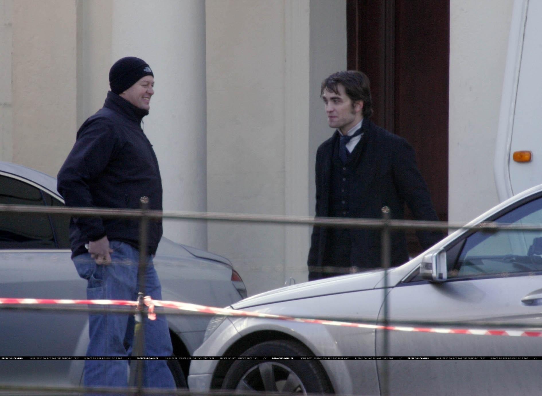New ছবি of Robert Pattinson on Bel Ami Set
