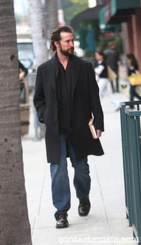 Noah Wyle in Beverly Hills