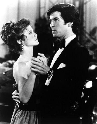 Remington Steele fondo de pantalla titled Remington&Laura