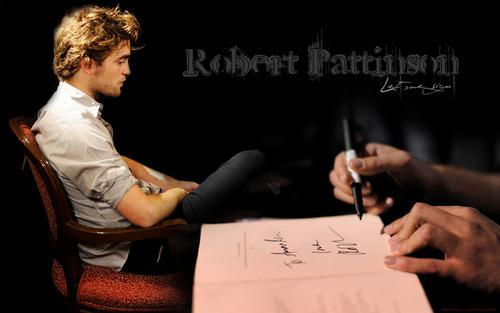 "Robert Pattinson - ""Let me sign"""