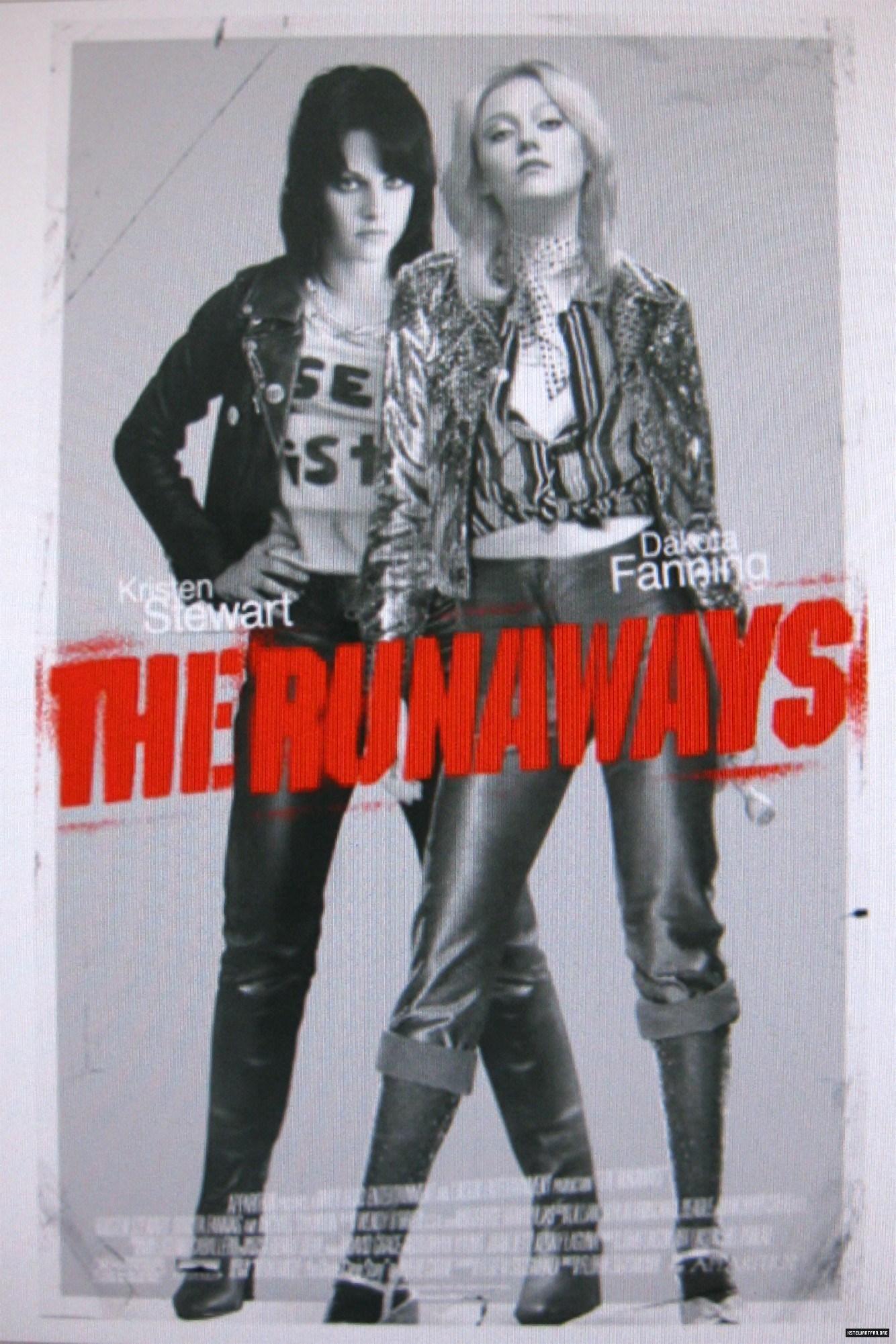 The Runaways Poster - Kristen Stewart Photo (10329211 ...