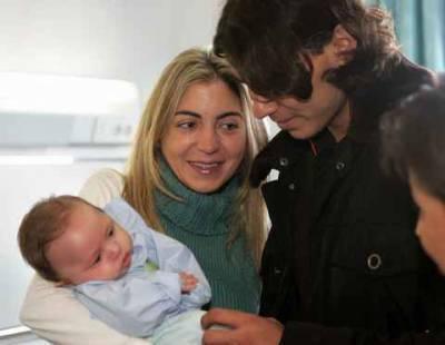 rafa with newborn