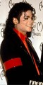 :) Sorry MJ fans im putting up LOADS of Mj pics but i hope you like them though <3 :) - michael-jackson photo