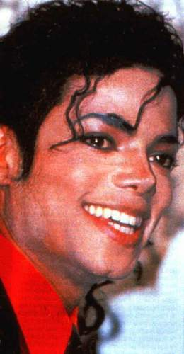 :) Sorry MJ fans im putting up LOADS of Mj pics but i hope you like them though <3 :)