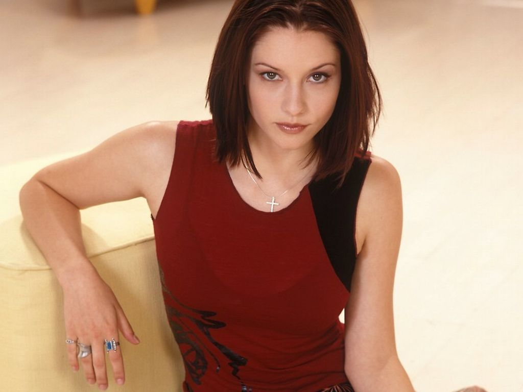 Chyler Leigh - Images Hot
