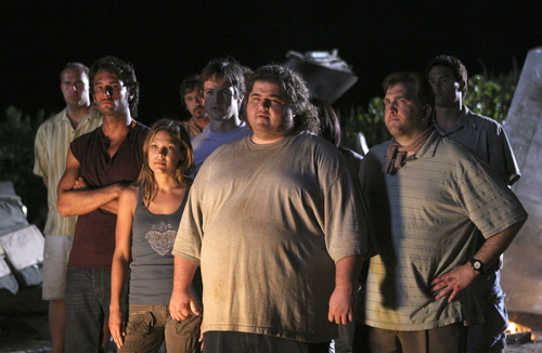 Ethan and a group of 815 Survivors