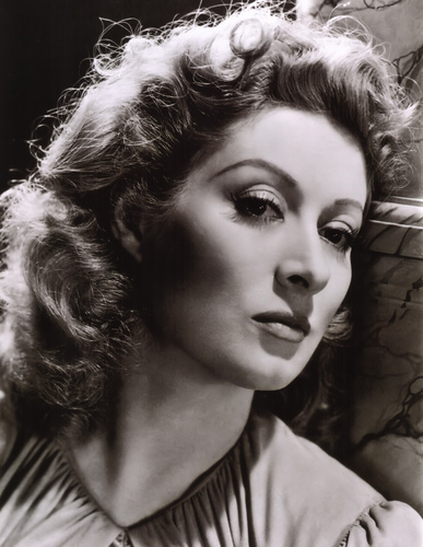 Classic Movies wallpaper called Greer Garson