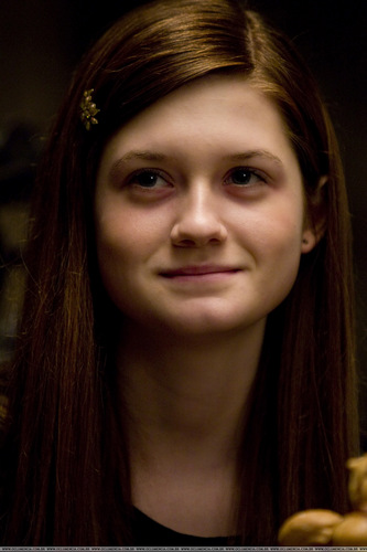 Bonnie Wright hình nền called HBP Hi-res movie stills