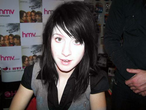 Hayley Black Hair - paramore Photo