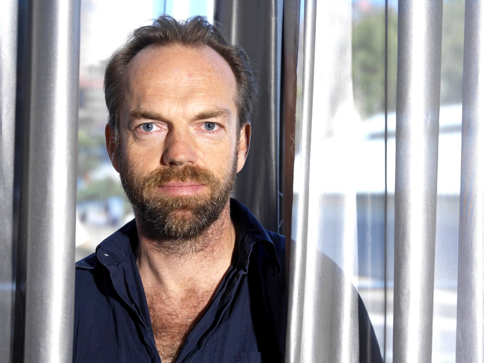 HUGO Weaving - HUGO Weaving Wallpaper (10490576) - Fanpop