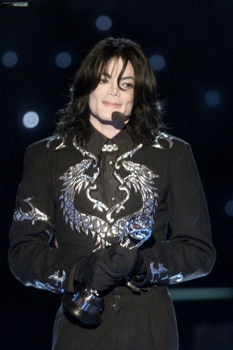 Invincible Era / 2000 / World موسیقی Awards / Award Acceptance