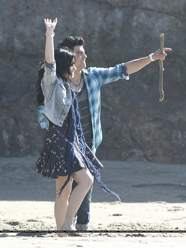 Jemi wallpaper titled Jemi shooting the music video for 'Make a Wave'. 15.02.10