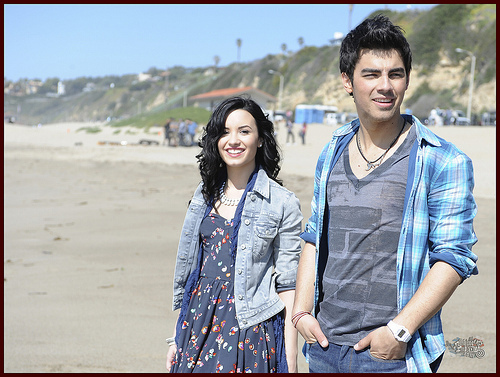 Jemi shooting the musique video for 'Make a Wave'. 15.02.10