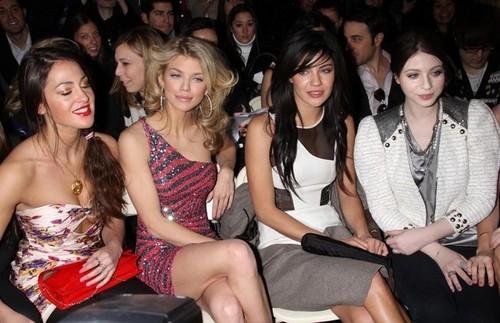 Jessica + Michelle @ Jill Stewarts fashion show