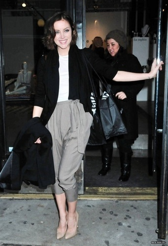 Jessica Stroup steps out in NYC