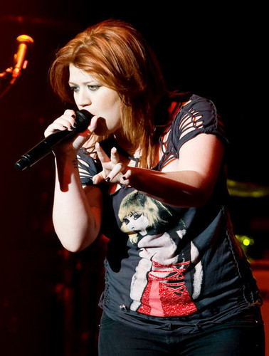 Kelly Concert 2010