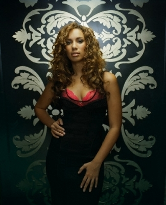 Leona Pretty Photoshoot