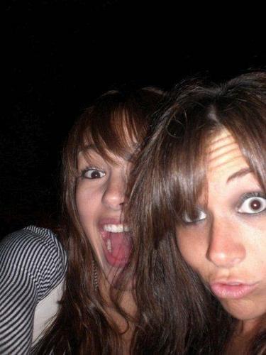 Mandy Jiroux friends