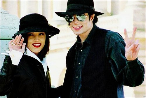 Michael Jackson and Lisa Marie Presley <3