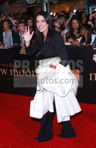 "Paget@Twilight ""New Moon"" Premiere, 16 November 2009"