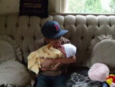 Sweet Bieber with baby