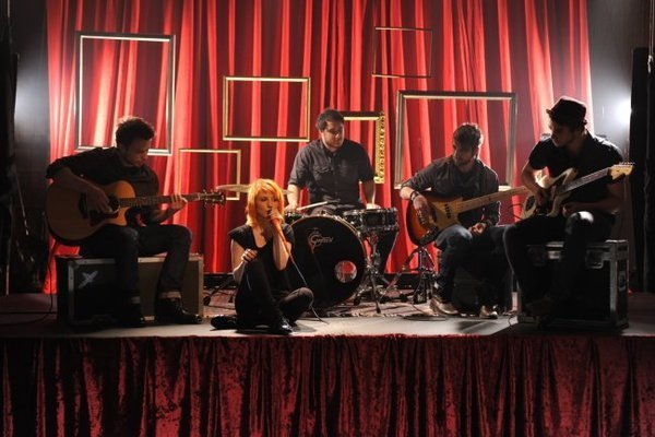 http://images2.fanpop.com/image/photos/10400000/The-Only-Exception-paramore-10456815-600-400.jpg