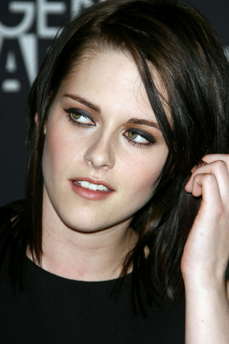 Kristen Stewart fond d'écran entitled The Yellow Handkerchief Premiere HQ