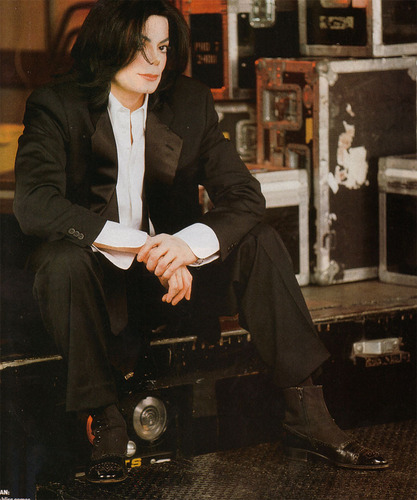 VIBE Magazine original фото