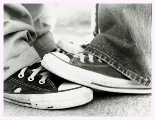 Converse shoes wallpaper entitled converse love