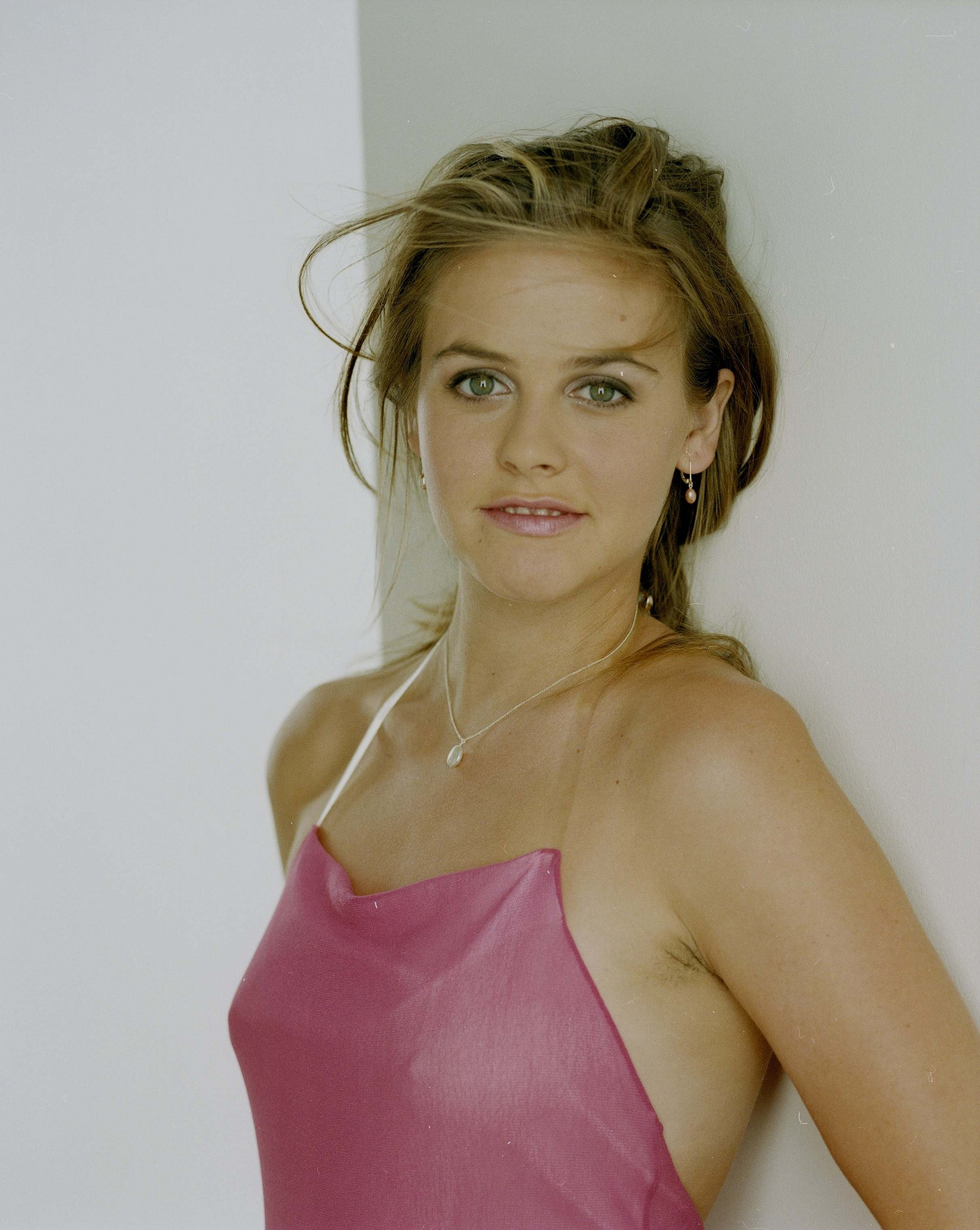 cute in pink - ALICIA SILVERSTONE Photo (10490277) - Fanpop
