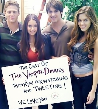 http://images2.fanpop.com/image/photos/10400000/tvd-cast-the-vampire-diaries-10404123-329-364.jpg
