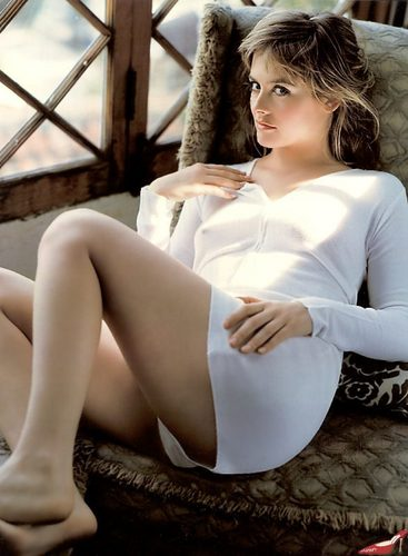 Alicia Silverstone wallpaper titled white hot