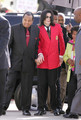 AWW FATHER AND SON, HOLDING HANDS!Finally Joe accepted MJ as his son :/ God bless them all ;) <3 - michael-jackson photo