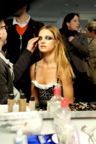 Givenchy Spring / Summer Haute Couture landasan tunjuk
