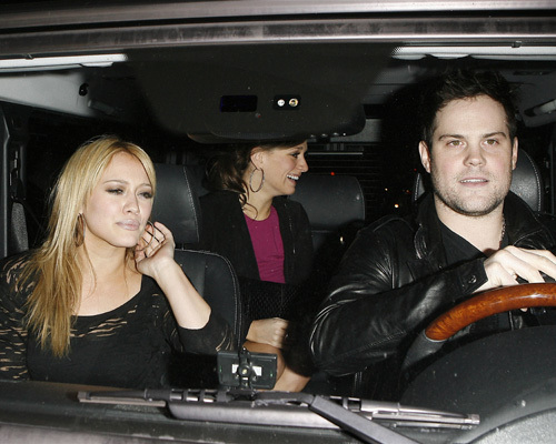 Hilary Duff and Mike Comrie out at Katsuya (Feb 22)