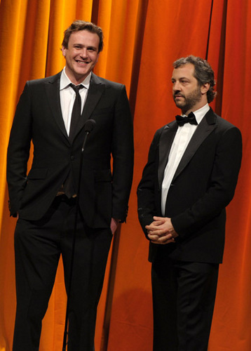 Jason at Writers Guild Awards 2010 (Inside)