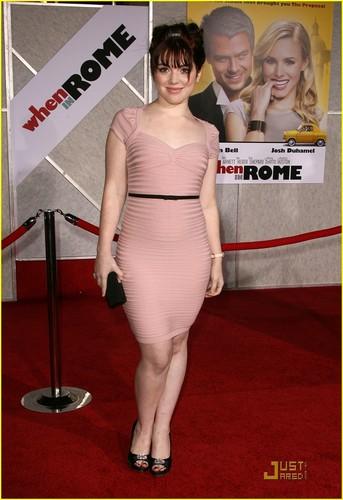 Jennifer @ When in Rome premiere