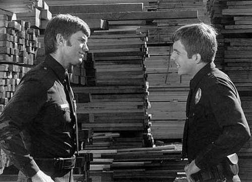 Jim Reed and Gus Corbin (Mark Harmon) - adam-12 Photo