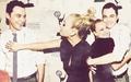 Jim and Kaley wallpaper - jim-parsons-and-kaley-cuoco wallpaper