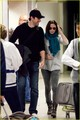 John & Emily @ LAX - john-krasinski photo